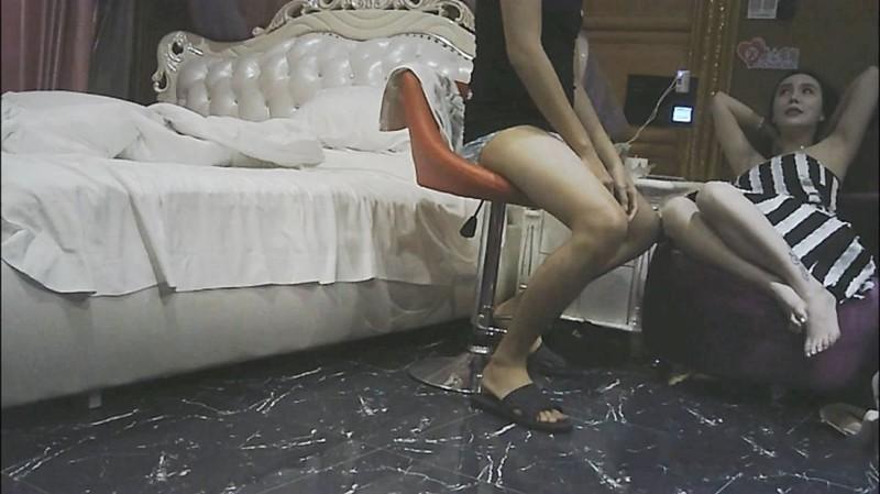 高级酒店重金约操极品大奶女神外围女,翘臀大胸美乳,身材超正,技术到位,干爽后主动还要,操的呻吟不止!国语!